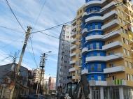 11-этажный дом на углу ул.26 мая и ул.Бесики в Батуми. Купить квартиру по ценам от строителей в Батуми. Фото 2