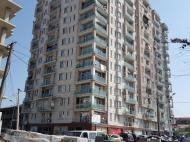 Квартиры в новостройке. 15-этажный новый жилой дом в тихом районе Батуми, Грузия. Фото 1