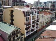 Новостройка у моря в центре Батуми, Грузия. 6-этажный элитный жилой дом у моря в центре Батуми на ул.Джинчарадзе, угол ул.Меликишвили. Фото 4