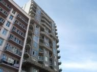 Элитная 15-этажная новостройка у моря на ул.Церетели, угол ул.Имедашвили в Батуми. Апартаменты в жилом комплексе у моря в центре Батуми, Грузия. Фото 4
