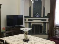 Квартира в Батуми с ремонтом и мебелью. Купить квартиру в Батуми с видом на город и горы. Фото 5