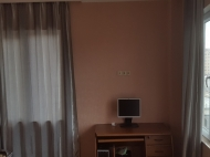 Renovated flat for sale in a quiet district of Batumi, Georgia. Photo 9