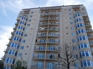 Новостройка Батуми, Грузия. Жилой дом в тихом районе Батуми на ул.Табидзе угол ул.Руруа. Фото 1