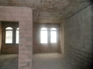 В центре Батуми в сданной новостройке срочно продается однокомнатная квартира. Фото 1