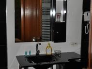 Действующая гостиница на 10 номеров в Батуми Фото 17