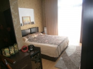 Купить квартиру в сданной новостройке с ремонтом и мебелью в центре Батуми Фото 18