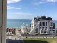 """Аренда квартиры с шикарным ремонтом и красивым видом на море в новостройке Батуми. """"ORBI PLAZA"""". Фото 1"""