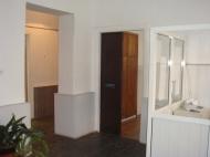 Коммерческая недвижимость в центре Батуми. Поликлиника. Фото 2