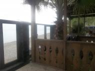 Коттеджи с домом и летним баром на берегу моря в Батуми. Купить гостевой коттеджный комплекс с летним баром у моря в Батуми. Фото 9