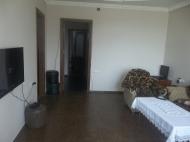 Квартира в Батуми с современным ремонтом. Купить квартиру в сданной новостройке у моря в Батуми, Грузия. Фото 6
