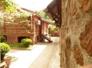 Купить ресторан в Батуми. Продается действующий гостевой комплекс на берегу реки в райском уголке пригорода Батуми, Аджария, Грузия.  Фото 3