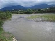 Участок на берегу реки в Кобулети, Грузия. Фото 4