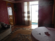 Квартира с ремонтом в тихом районе Батуми Фото 3