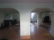Дом в Батуми с современным ремонтом и действующим фитнес-центром Фото 4