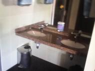 Продается гостиница у моря в центре Батуми, Грузия. Гостиница на 30 номеров, ресторан, диско-бар, салон красоты, сауна. Фото 9