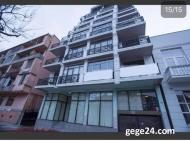 Апартаменты в элитном жилом комплексе у моря в центре Батуми. 10-этажный элитный жилой комплекс на ул.Клдиашвили, угол ул.Меликишвили в Батуми, Грузия. Фото 1