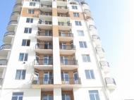 12-სართულიანი სახლი ქალაქ ბათუმის პრესტიჟულ რაიონში ლეონიძისა და გენერალ ასლან აბაშიძის ქუჩების კვეთა. ფოტო 2