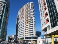 22-этажный дом у моря в Батуми на углу ул.Кобаладзе и ул.Т.Абусеридзе. Квартиры по ценам от строителей в Батуми, Аджария, Грузия. Фото 1