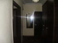 Купить квартиру с современным ремонтом в старом Батуми. Квартира у парка 6 мая в старом Батуми, Грузия. Фото 3