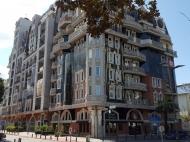 12-storey house by the sea on the Vazha Pshavela Street, Rustaveli Avenue corner. Apartments for sale in a prestigious area of Batumi. Prices from the developer. Photo 1