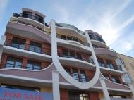 Новостройка у моря в центре Батуми, Грузия. 6-этажный элитный жилой дом у моря в центре Батуми на ул.Джинчарадзе, угол ул.Меликишвили. Фото 1