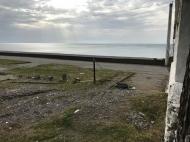 Участок на пляже у моря в Кобулети, Грузия. Фото 3