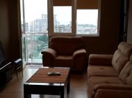 Аренда квартиры в новостройке с видом на море и город Батуми,Грузия. Фото 1