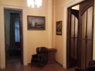Квартира в старом Батуми. Квартира с ремонтом в старом Батуми, Грузия. Фото 4