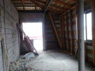 იყიდება ბინა ახალჩაბარებულ სახლში ბათუმში.ზღვის ხედით. ფოტო 3