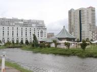 Жилой комплекс у моря в центре Батуми на ул.Горгиладзе, угол ул.Джавахишвили. Квартиры, апартаменты в новом жилом комплексе у моря в центре Батуми, Грузия. Фото 3