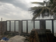 Коттеджи с домом и летним баром на берегу моря в Батуми. Купить гостевой коттеджный комплекс с летним баром у моря в Батуми. Фото 10