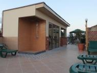 იყიდება 10 ნომრიანი სატუმრო ქალაქ ბათუმის ცენტრში. საქართველო. ფოტო 4