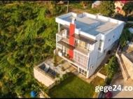 Элитный дом на продажу в Батуми, Грузия. Вид на море. Фото 3