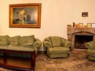 იყიდება კერძო სახლი ცენტრალურ ბულვართან ბათუმში. საქართველო. ფოტო 17