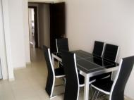 Квартира в аренду в сданной новостройке Батуми. Пересечение улиц Чавчавадзе и Химшиашвили. Фото 2