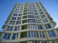 Жилой комплекс у моря в центре Батуми на ул.Инасаридзе, угол ул.Лорткипанидзе. Квартиры в новостройке у моря в центре Батуми, Грузия. Фото 1