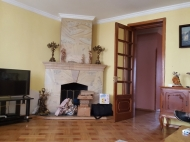 Renovated flat for sale in the centre of Batumi, Georgia. The apartment has modern renovation and furniture and fireplace. Photo 2