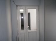 Купить квартиру в сданной новостройке с ремонтом и мебелью в центре Батуми Фото 2