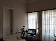 Квартира у моря в центре Батуми. Купить квартиру у моря с ремонтом и мебелью в центре Батуми, Грузия. Фото 5