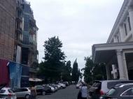 Апартаменты в ЖК гостиничного типа у моря в старом Батуми. 8-этажный элитный жилой комплекс гостиничного типа у моря на ул.Ниношвили в старом Батуми, Грузия. Фото 6