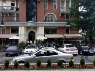Апартаменты в ЖК гостиничного типа у моря в старом Батуми. 8-этажный элитный жилой комплекс гостиничного типа у моря на ул.Ниношвили в старом Батуми, Грузия. Фото 2