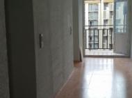 Flat for sale at the seaside Batumi, Georgia. The apartment has modern renovation and furniture. Photo 18