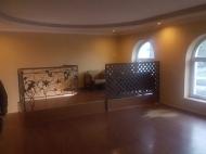 Снять офис в центре Батуми. Аренда коммерческой недвижимости в старом Батуми, Грузия. Фото 2