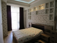 Apartment  to daily rent in the centre of Batumi. The apartment has  good modern renovation. Photo 1