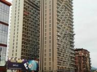 Новостройка у моря в Батуми. 26-этажный жилой комплекс у моря в Батуми, на ул.Леха и Марии Качинских. Фото 7