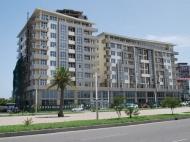 Новостройка в Батуми. Апартаменты в новом жилом доме на Аллее Героев в Батуми, Грузия. Фото 2