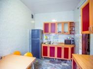 იყიდება კერძო სახლი ცენტრალურ ბულვართან ბათუმში. საქართველო. ფოტო 25