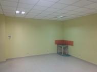 """Коммерческая площадь в торговом центре """"BATUMI PLAZA"""" в центре Батуми, Грузия. Фото 2"""