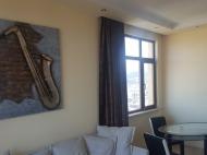 Квартира с современным ремонтом в новостройке Батуми,Грузия. Квартира с видом на море, город и горы в центре Батуми,Грузия. Фото 11