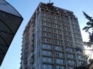 Новый жилой комплекс в центре Батуми. 17 этажный жилой комплекс в центре Батуми, Грузия. Фото 4